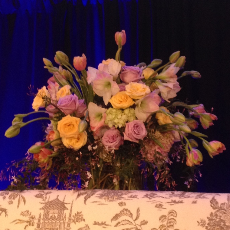 Stunning floral, which was a part of Curry & Co.'s stage design.